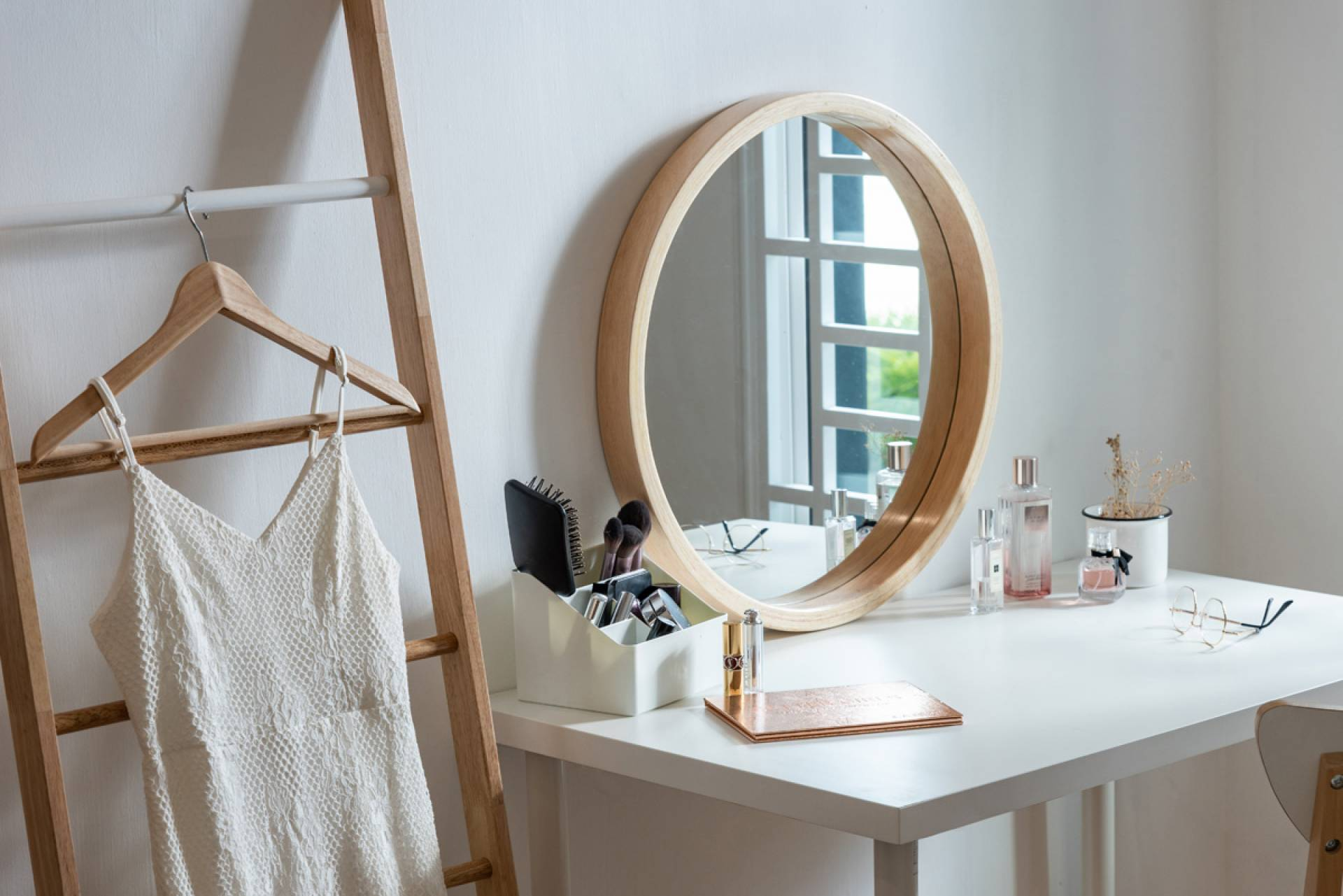 Selva Wood Frame Mirror